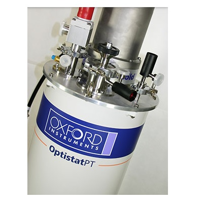 Closed cycle optical cryostat