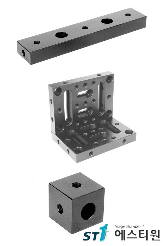 [SUCH-B1,2,C1] Universal Construction Hardware